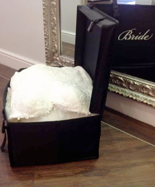 bridal cabin case