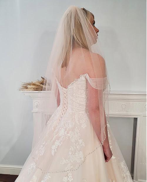 single tier twilight veil blush 72inch