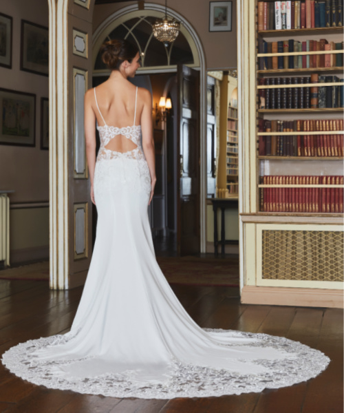 Ventura Tiffanys bridal back