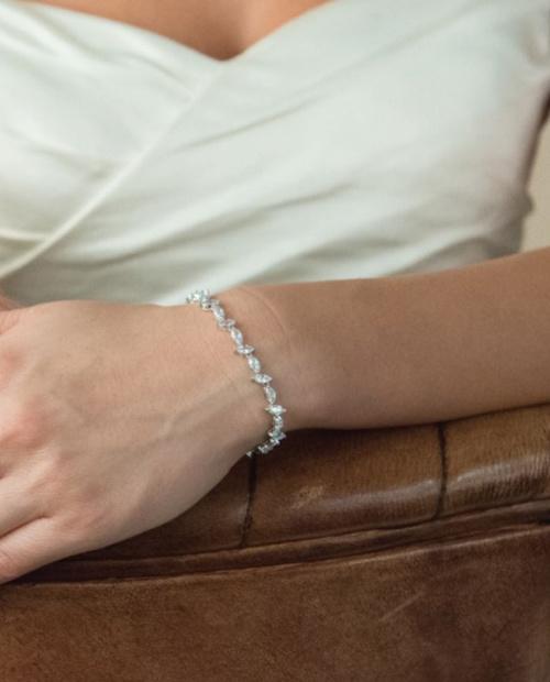 Andorra bracelet ivory and co